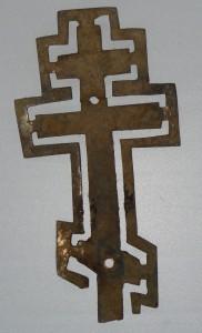 Крест – малая частичка былого убранства Введенского храма